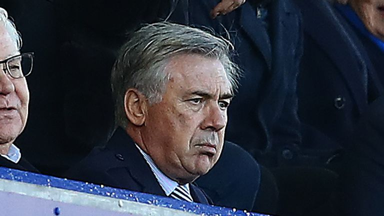 Carlo Ancelotti is aiming to get Everton into the Champions League