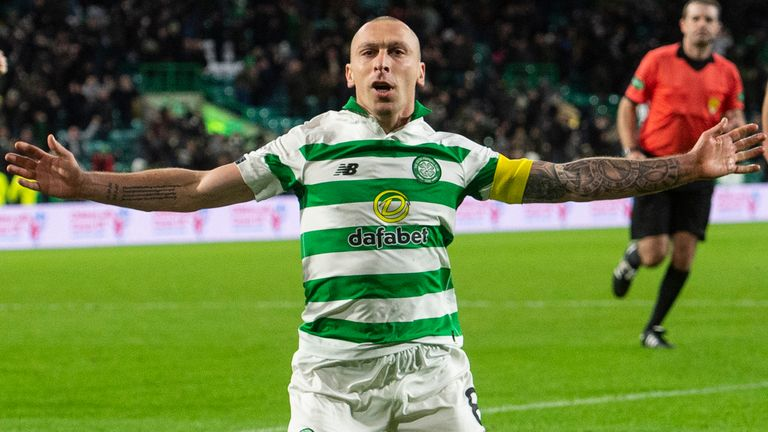 Celtic's Scott Brown celebrates his late goal to make it 2-1 during the Ladbrokes Premiership match between Celtic and Hamilton at Celtic Park