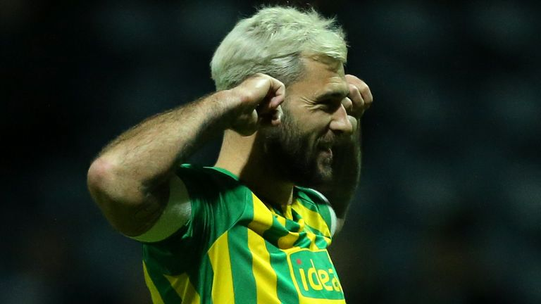 PRESTON, ENGLAND - DECEMBER 02: Charlie Austin of West Bromwich Albion celebrates scoring his sides first goal during the Sky Bet Championship match between Preston North End and West Bromwich Albion at Deepdale on December 02, 2019 in Preston, England. (Photo by Lewis Storey/Getty Images)