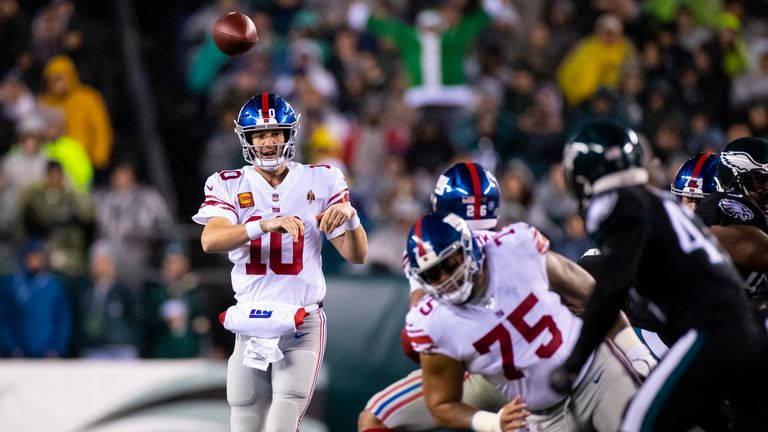 Eli Manning of the New York Giants passes the ball during the first quarter against the Philadelphia Eagles