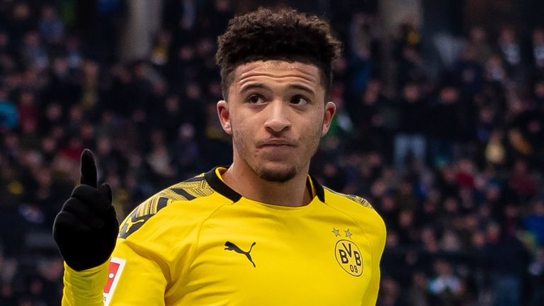 BERLIN, GERMANY - NOVEMBER 30: Jadon Sancho of Borussia Dortmund celebrates after scoring his team's first goal during the Bundesliga match between Hertha BSC and Borussia Dortmund at Olympiastadion on November 30, 2019 in Berlin, Germany. (Photo by TF-Images/Getty Images)