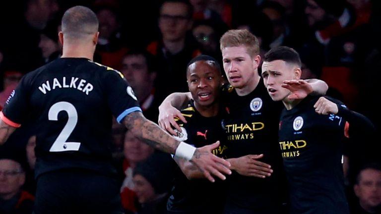 Kevin De Bruyne celebrates scoring for Manchester City against Arsenal