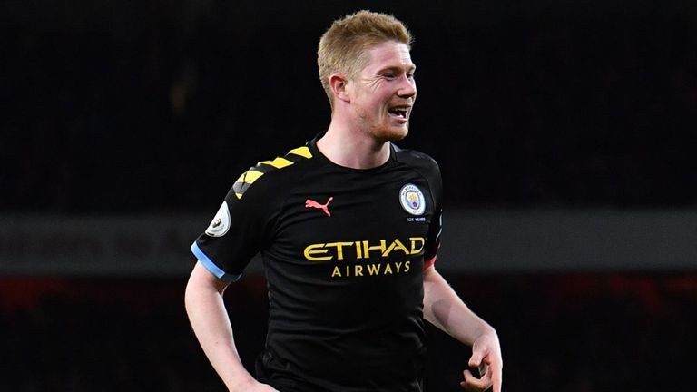Kevin De Bruyne celebrates scoring his second goal against Arsenal