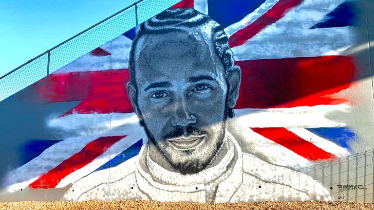 Sky F1 collaborates with James Cochran to produce a stunning mural of six-time world champion Lewis Hamilton