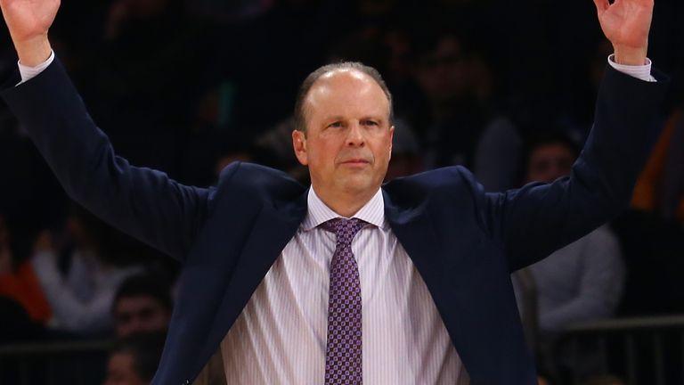 Nowy trener Knicks, Mike MIller, doświadczył swojej pierwszej porażki w NBA w niedzielę