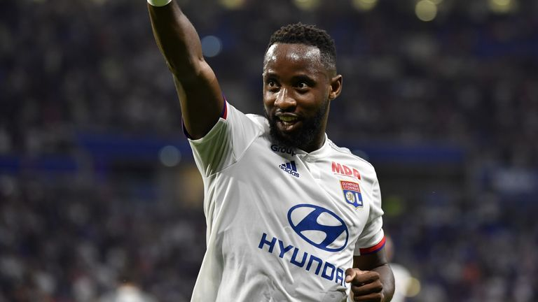 Moussa Dembele celebrates after scoring against Angers on August 16, 2019