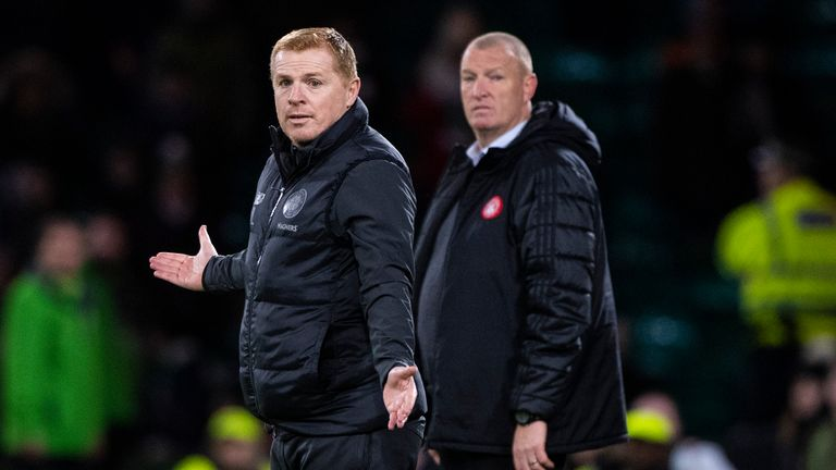 Neil Lennon on the touchline during the Premiership match between Celtic and Hamilton