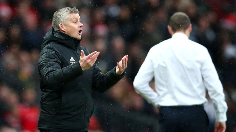 Ole Gunnar Solskjaer was unhappy that Everton's goal was allowed to stand