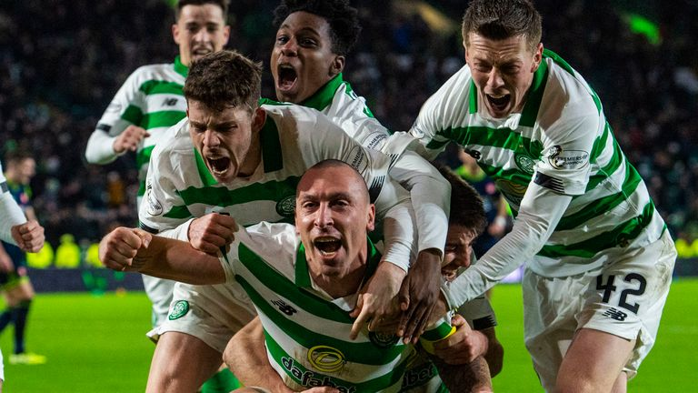Celtic's Scott Brown celebrates his late goal to make it 2-1