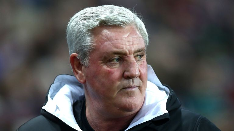 Steve Bruce began his managerial career at Sheffield United in 1998