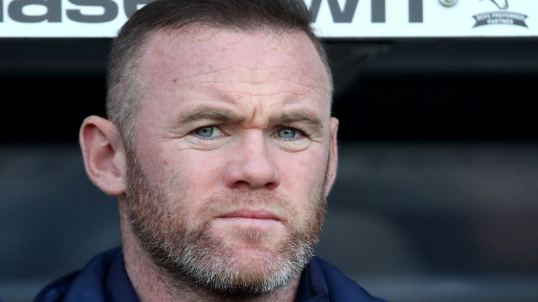 Wayne Rooney says young footballers need to go on courses to learn how to conduct themselves online