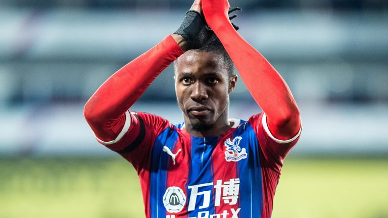 Zaha applauds Crystal Palace supporters