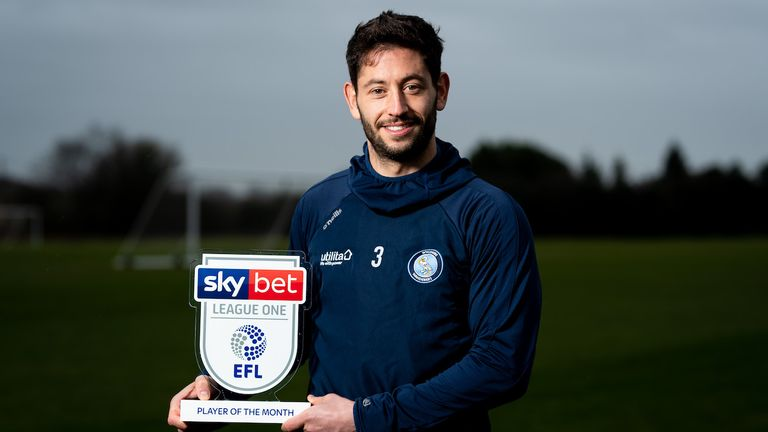 Sky Bet League One Player of the Month Joe Jacobson of Wycombe Wanderers with his award. - Ryan Hiscott/JMP - 10/12/2019 - SPORT - Wycombe Wanderers Training Ground - Wycombe, England - Sky Bet League One Manager and Player of the Month Awards
