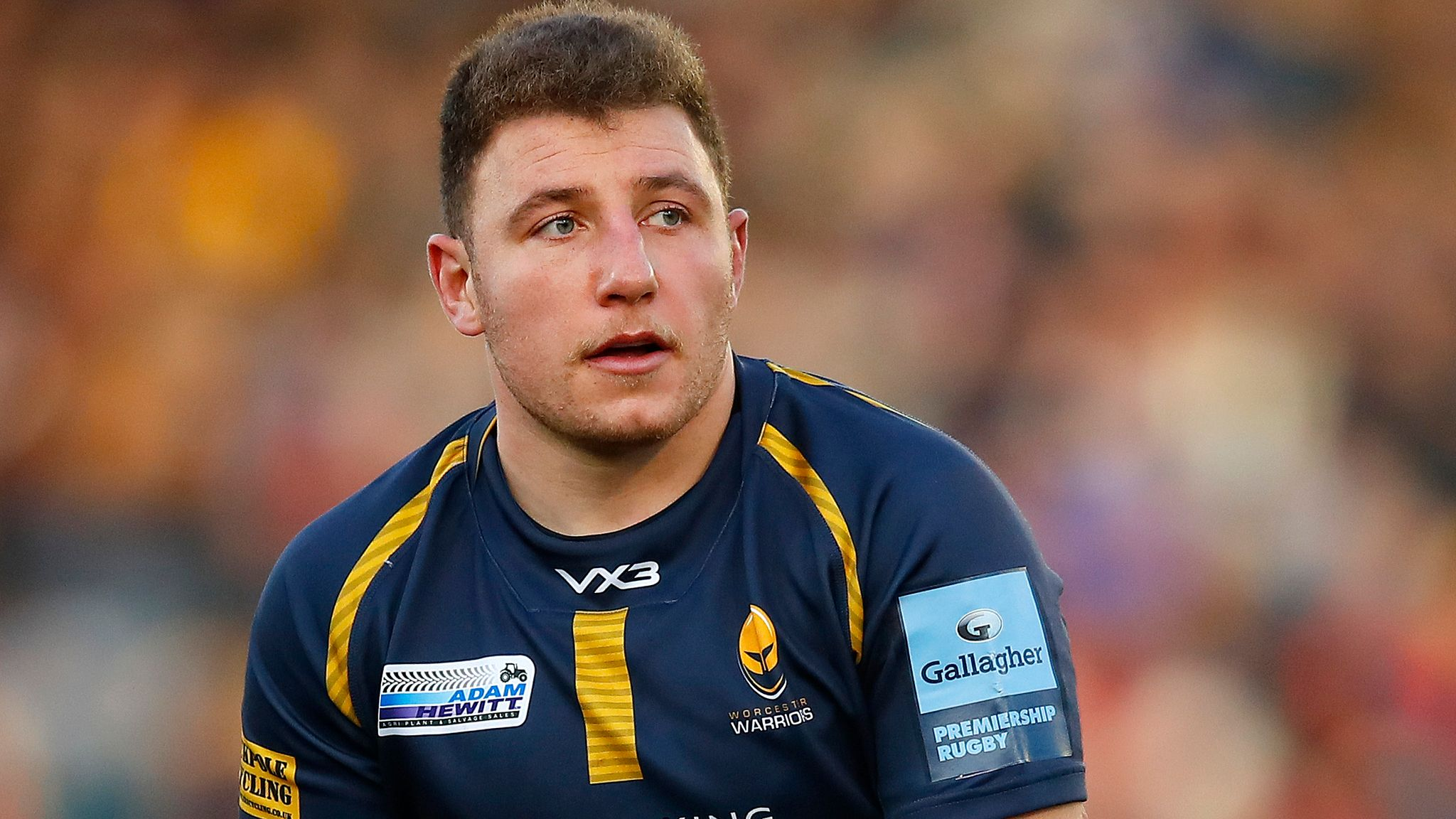 Scotland call up Duncan Weir to replace Finn Russell for Six Nations