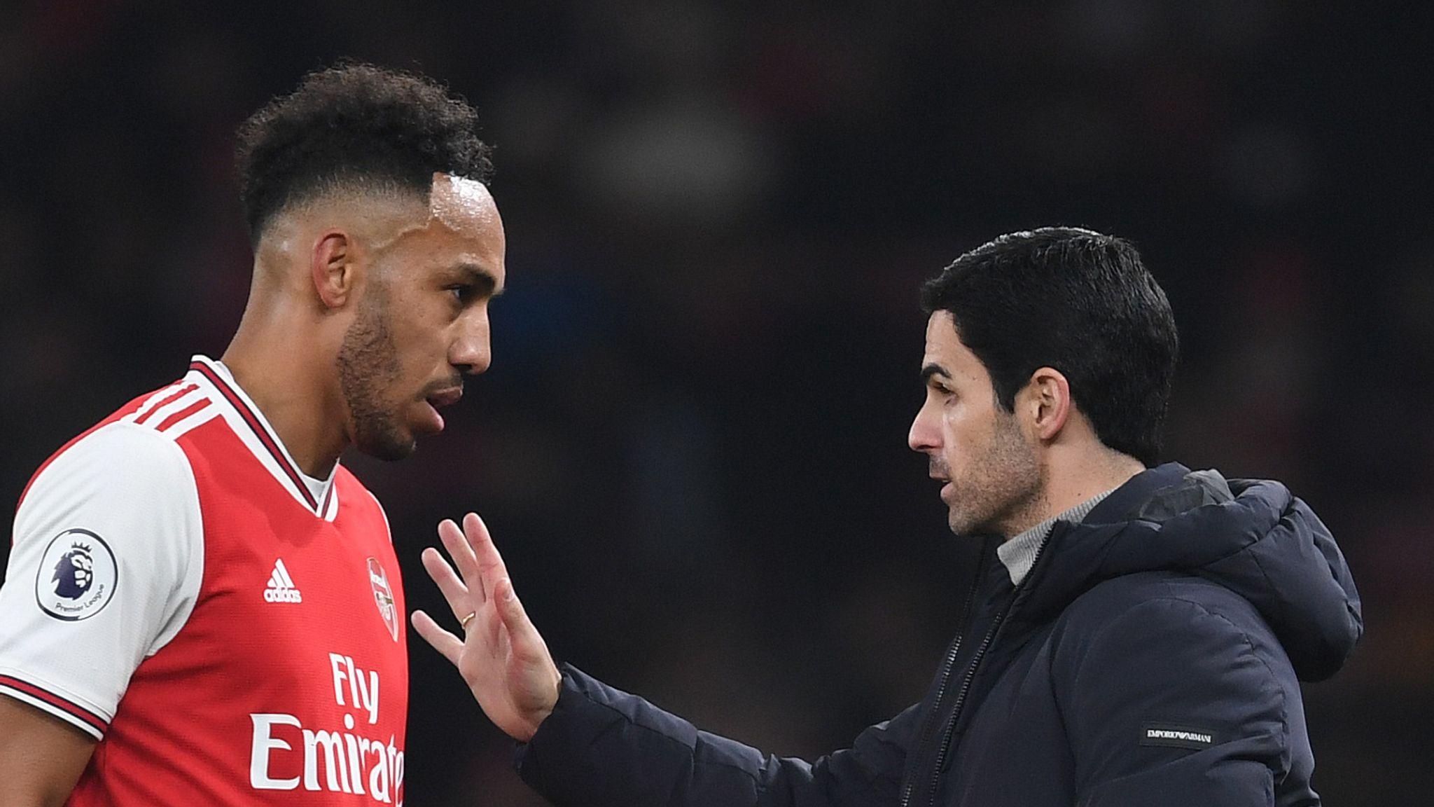 Mikel Arteta: Shkodran Mustafi's injury won't alter Arsenal's transfer plans