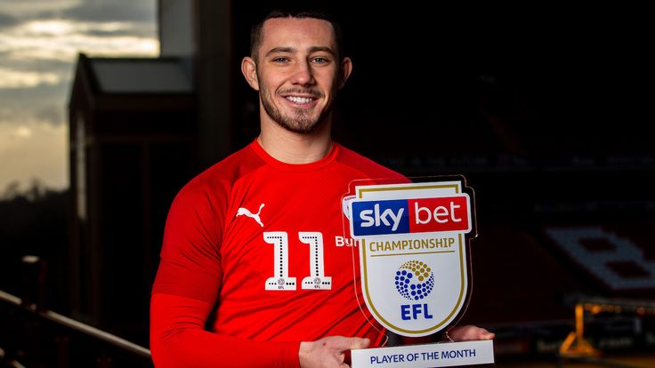 Conor Chaplin of Barnsley wins the Sky Bet Championship Player of the Month award for December 2019 - Mandatory by-line: Robbie Stephenson/JMP - 08/01/2020 - FOOTBALL - Oakwell - Barnsley, England - Sky Bet Player of the Month Award