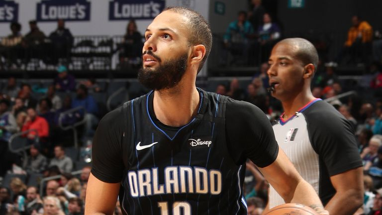 Evan Fournier steps back for a three against Charlotte