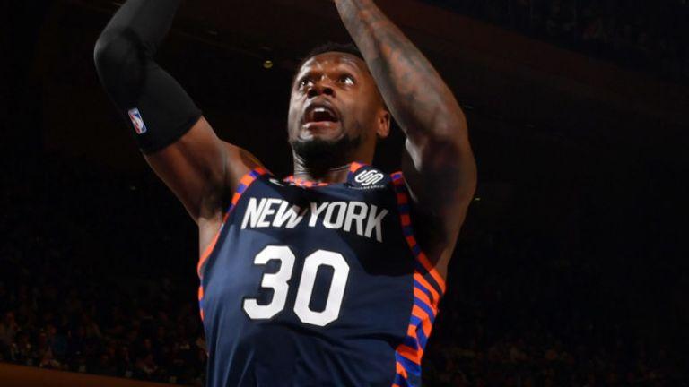 Julius Randle se eleva para anotar en los Knicks & # 39; vencer al Heat