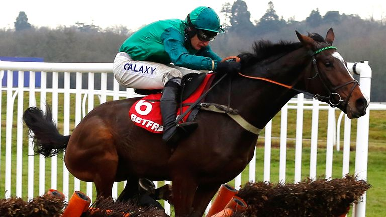 Messire Des Obeaux ridden by Daryl Jacob