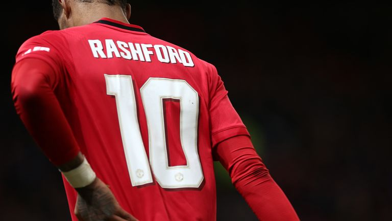 Marcus Rashford of Manchester United leaves the pitch with an injury during the FA Cup Third Round Replay match between Manchester United and Wolverhampton Wanderers at Old Trafford on January 15, 2020 in Manchester, England.
