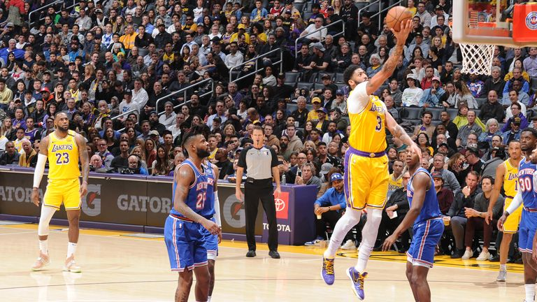 Highlights Of The New York Knicks Visit To The Los Angeles Lakers In Week 12 Of The Nba Season