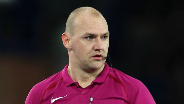 Bobby Madley officiated 19 matches in the 2017-18 Premier League season