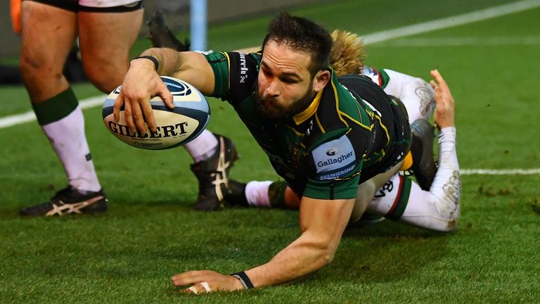 Scrum-half Cobus Reinach has the tools to be dangerous as a hooker in rugby league