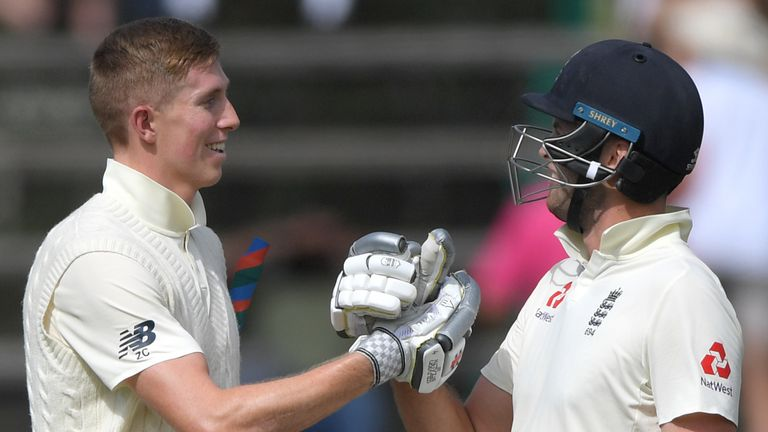 England openers Zak Crawley (L) and Dom Sibley shared a stand of 107 during the first innings in Johannesburg
