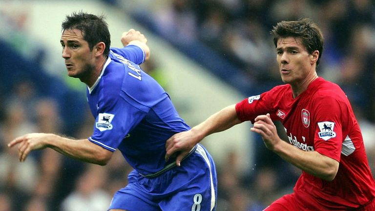 Frank Lampard  with Xabi Alonso in Mourinho's first Liverpool battle