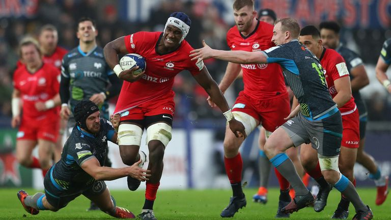 Joel Kpoku attacks for Saracens