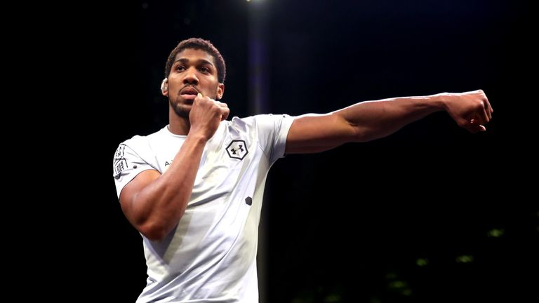 Anthony Joshua wants the winner of Deontay Wilder vs Tyson Fury