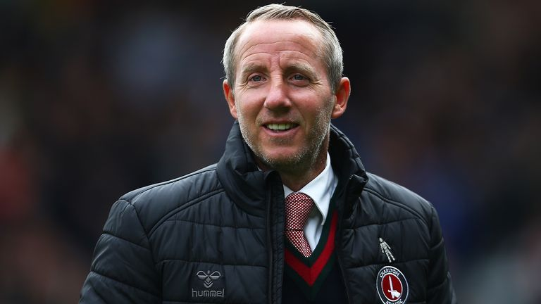 Charlton boss Lee Bowyer has signed a new three-year contract