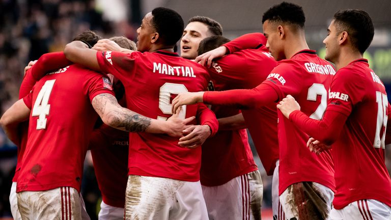 Manchester United cruised into the FA Cup fifth round
