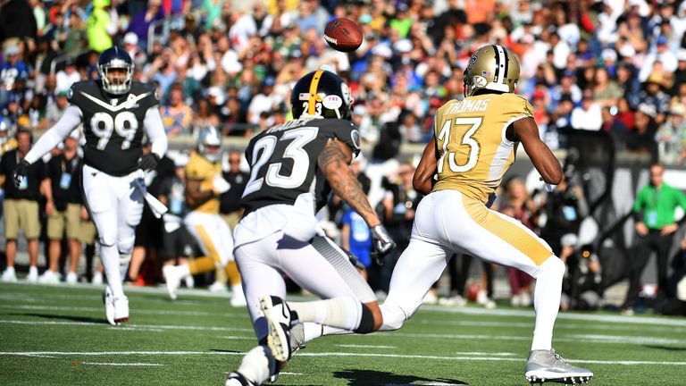 Michael Thomas opened the scoring with a 16-yard pass from  New Orleans Saints teammate Drew Brees