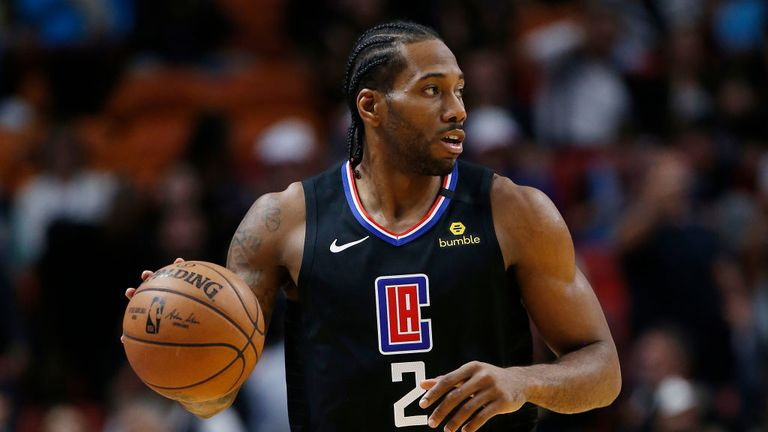 Kawhi Leonard #2 of the LA Clippers dribbles with the ball against the Miami Heat during the first half at American Airlines Arena on January 24, 2020 in Miami, Florida.