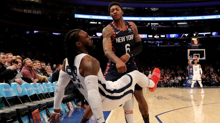 A shoving contest ensues after  Elfrid Payton of the New York Knicks took offence to Memphis Grizzlies' Jae Crowder's steal and attempted three-pointer late in the game.