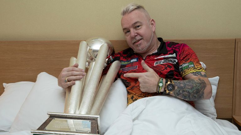 Wright and the Sid Waddell Trophy couldn't be separated!