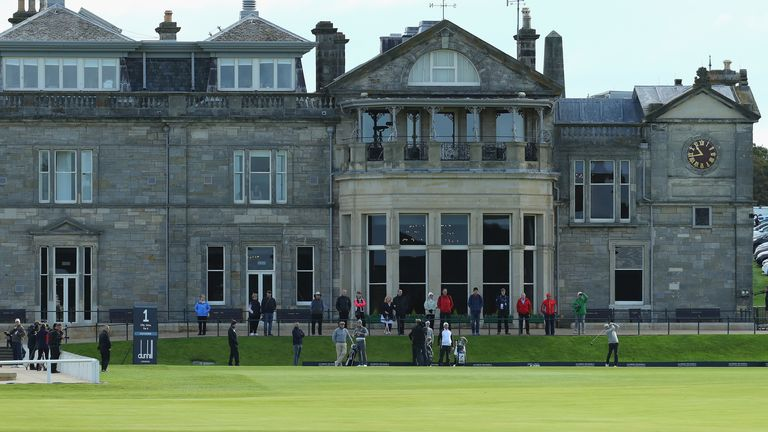 Players on the first tee at St Andrews