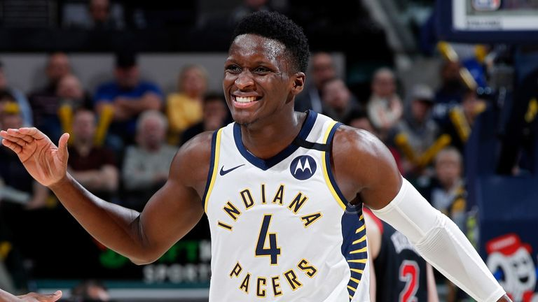 Victor Oladipo celebrates after draining a clutch three-pointer against the Bulls