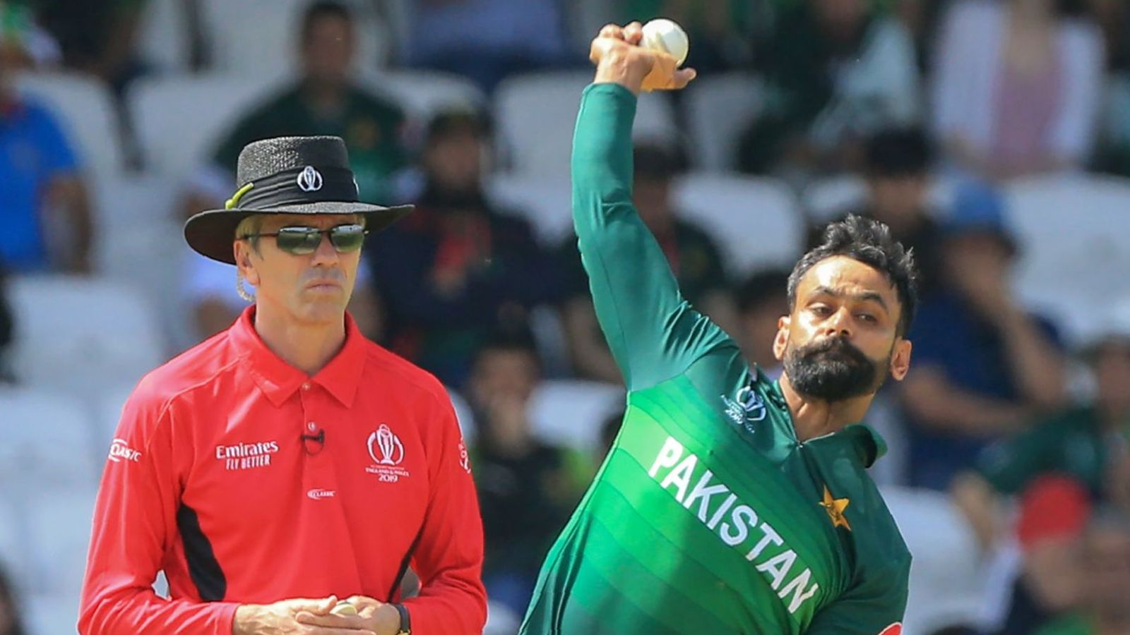 Pakistan's Mohammad Hafeez is free to bowl in ECB competitions after action cleared