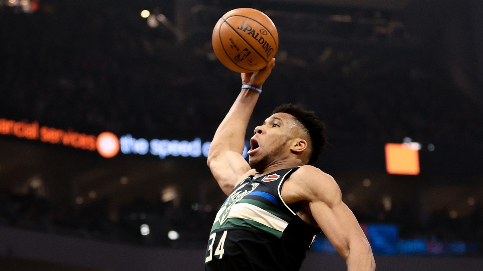 Giannis Antetokounmpo stars to end Thunder's streak ends in blowout loss to Bucks
