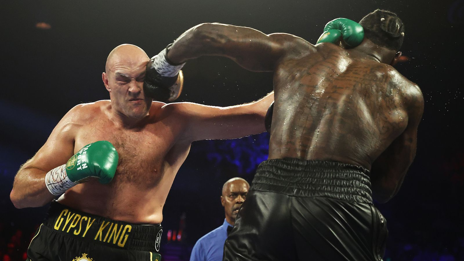 """BOXING News: Coach Tyson Fury: """"Deontay Wilder has a lot to prove, he will be very motivated"""""""