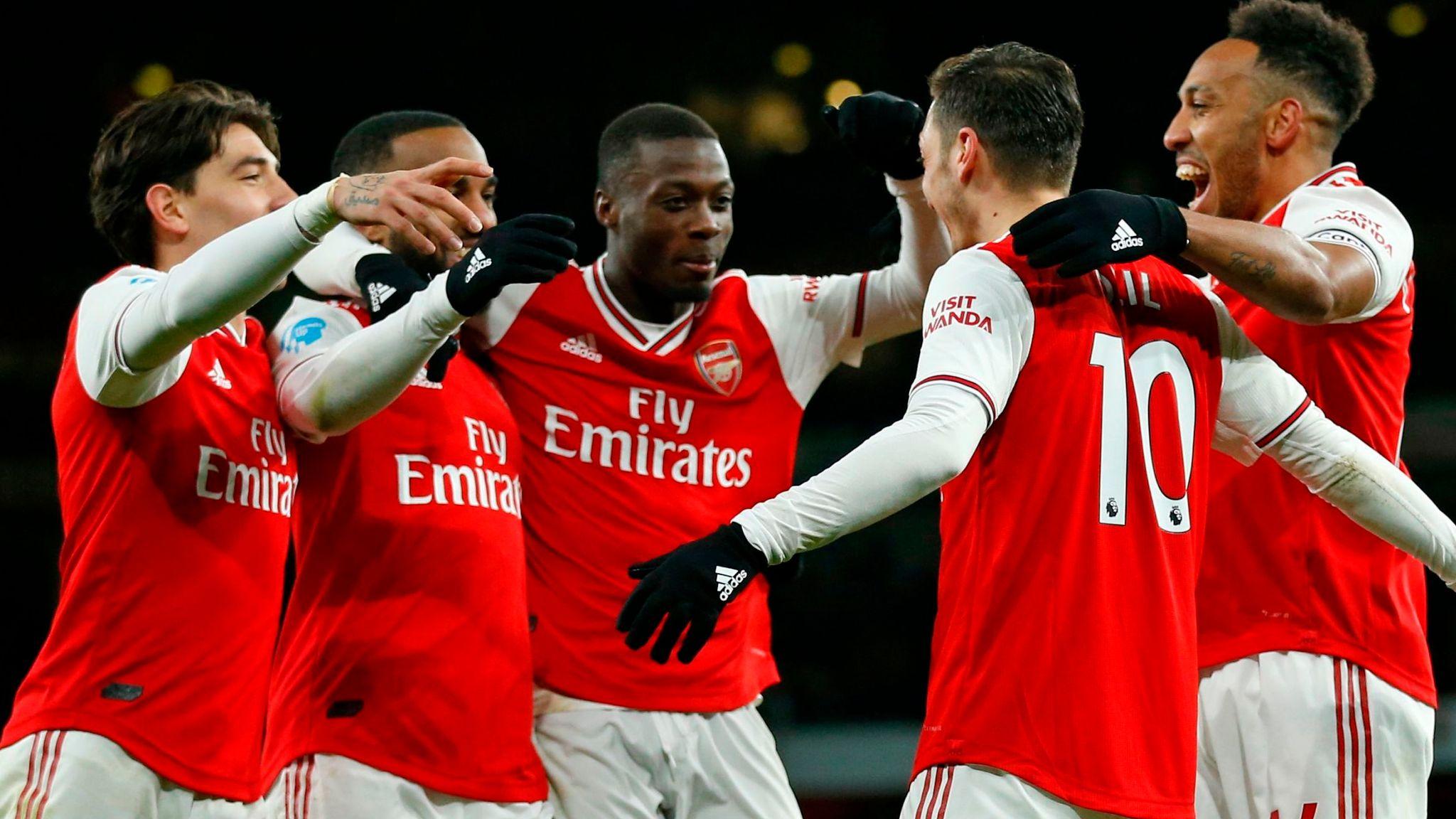 Arsenal 4 0 Newcastle Mesut Ozil And Alexandre Lacazette Score At Emirates Football News Sky Sports