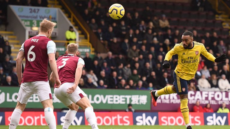 Alexandre Lacazette heads wide for Arsenal after just two minutes at Turf Moor