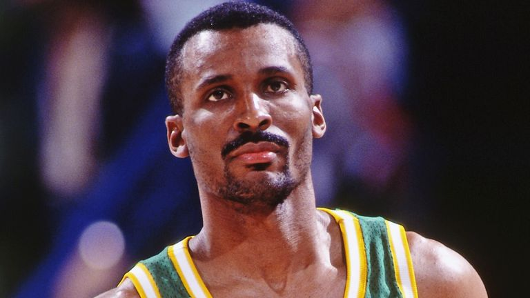 Chicago native Eddie Johnson in action for the Seattle Supersonics
