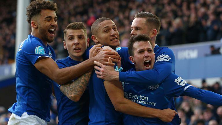 Everton players celebrate Bernard's opener against Crystal Palace