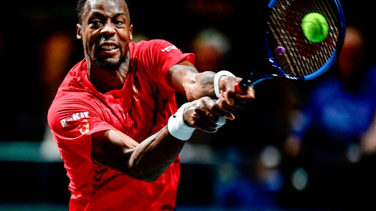 Medvedev crashes out of Rotterdam Open