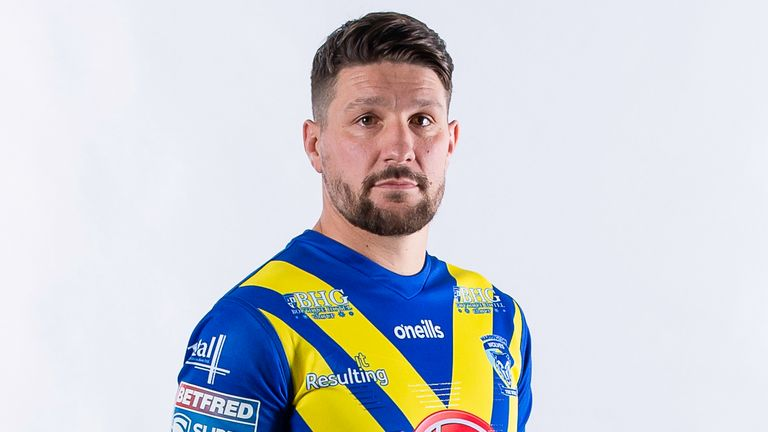 Gareth Widdop is in line to make his debut for Warrington at Wakefield