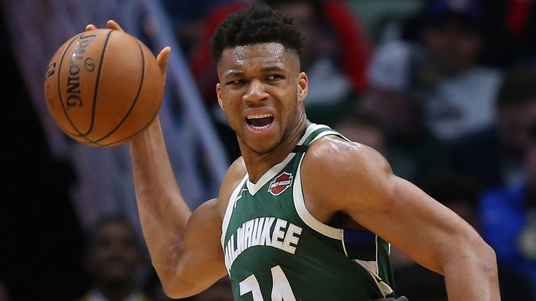 Giannis Antetokounmpo passes out of the post against New Orleans