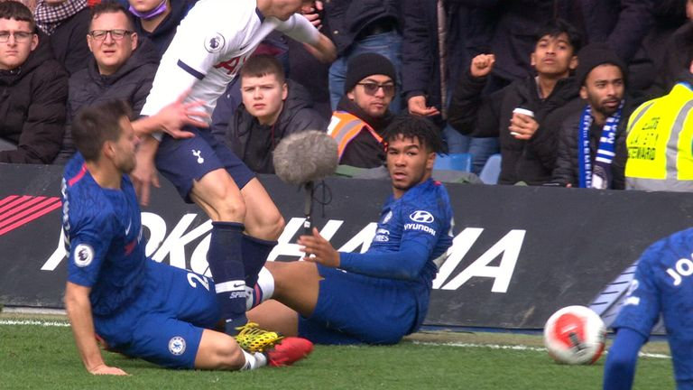 Giovani Lo Celso escaped a red card for this challenge on Cesar Azpilicueta
